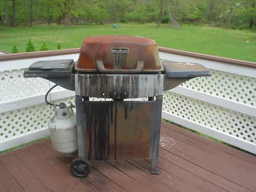 Used gas bbq grill works great model home furniture for Model home furniture for sale