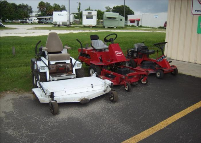 Used Lawn Mower Equipment (Bradenton)