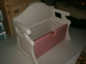 Used Little Tikes Victorian Bench Toy Box ~Pink u0026 White & Used Little Tikes Victorian Bench Toy Box ~Pink u0026 White Lid is ...