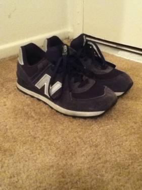 13f4f4094c3 Used Men s Shoes New Balance size 8.5