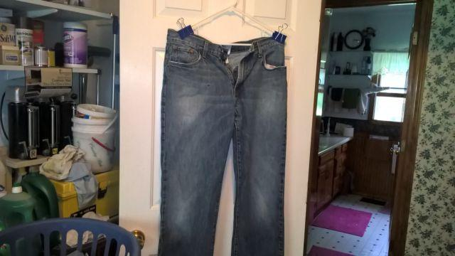 used mens lucky brand dungarees size 34X31