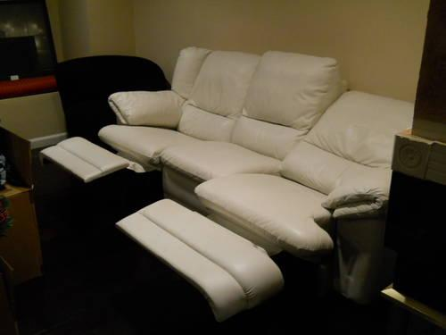 Used Off White Natuzzi Leather 3 Seat Dual Recliner Couch