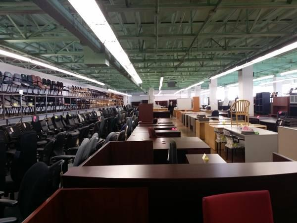 Used office furniture / desk/chairs /files / lateral