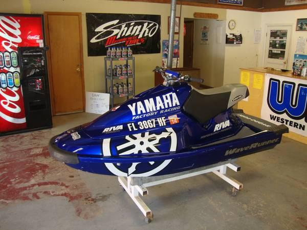 used waverunner seadoo jetski superstore 4 all your water needs for sale in south. Black Bedroom Furniture Sets. Home Design Ideas