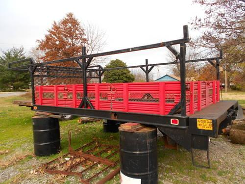 Utility Bed with Tommy Lift for 1 Ton Truck