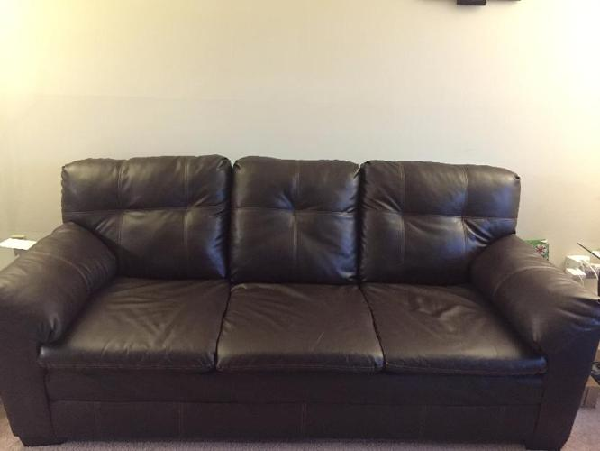 Value City Furniture Leather Sofa For Sale In Schaumburg Illinois