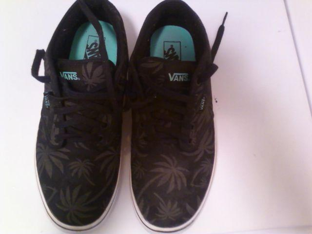 d10ab31ff506c2 Vans Chukka Low (Palm Tree)- NEW Men s size 11 for sale in Laguna Beach