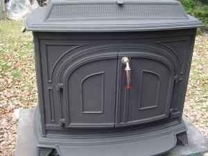 Vermont Castings Wood Stove Vigilant model - (Stafford Springs) for