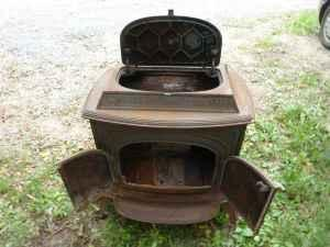 1977 Vermont Castings Vigilant Stove - Country Life - Country and