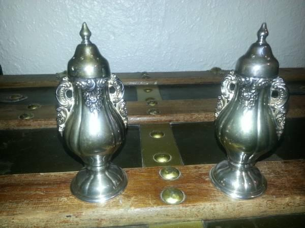 Very Beautiful Wallace Silverplate Baroque Salt And Pepper