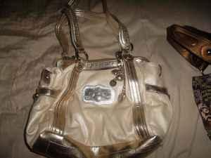 55fc24996e Very Nice Handbags (Winter Haven Lake Wales) for Sale in Lakeland ...