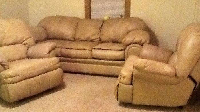 Very Nice Light Beige Leather Large Sofa Couch And Two