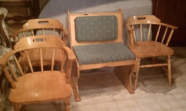 Very Nice Set Of Three Maple Captains Chair And A Solid