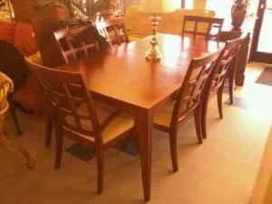 Very nice table with 2 leaves and 6 chairs burlington for Table 6 greensboro nc