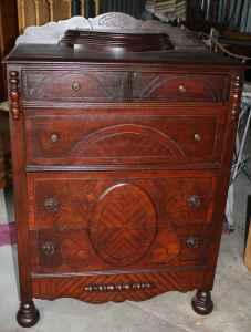 Very Ornate Wood 4 Drawer Antique Dresser With Jewelry Box
