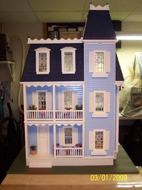 Doll Houses  Sale on Victorian Doll House For Sale In Brick  New Jersey Classified