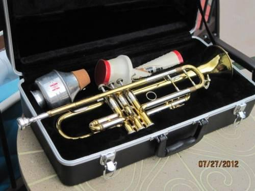 vincent bach stradivarius trumpet for sale in catskill new york classified. Black Bedroom Furniture Sets. Home Design Ideas