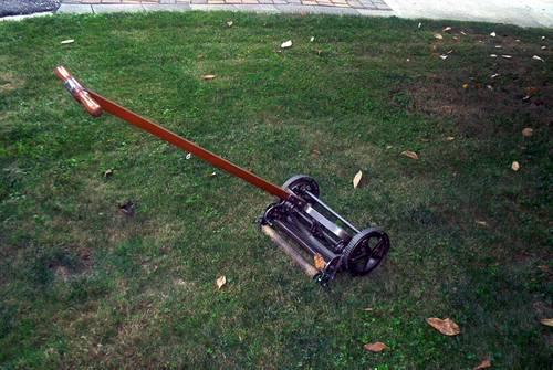 VINTAGE 1930s REEL TYPE PUSH LAWN MOWER - 14 CUT-GLENSHAW, PA