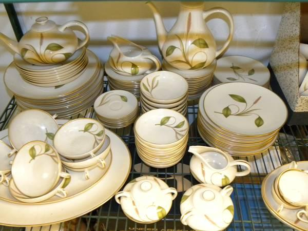 Vintage 1950\'s FRANCISCAN China, MESA pattern, over 100 pieces - for ...