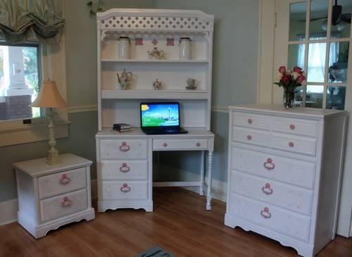 Vintage 1950 39 S Maple Bedroom Set Priced Individually For Sale In Aberdeen North Carolina