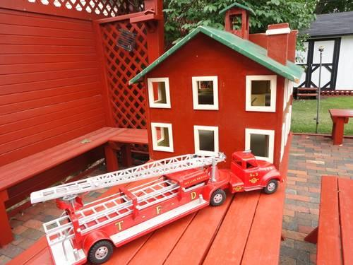 Vintage 1956 TONKA Aerial Ladder Fire Truck  5