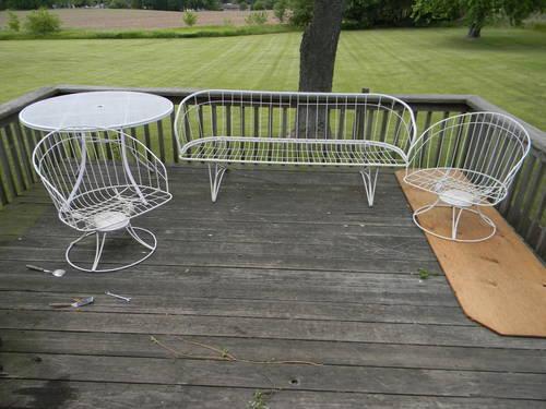 Vintage 1960's Homecrest Patio Furniture for sale in Footville, Wisconsin - Vintage 1960's Homecrest Patio Furniture For Sale In Footville