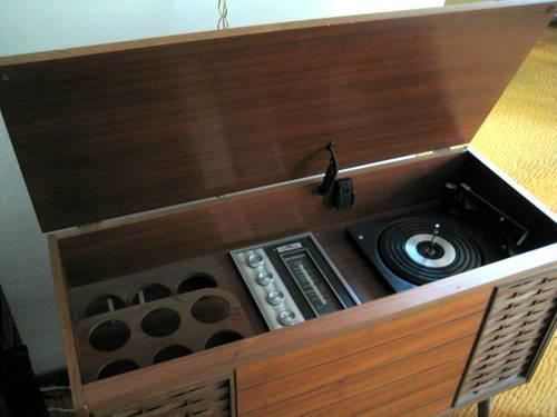 Vintage 1960s Morse Danish Modern Hi Fi Stereo Turntable Console 74473