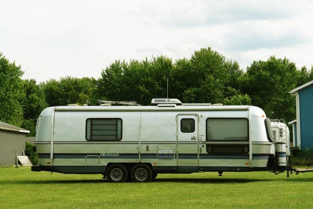 vintage 1989 30ft avion 30t 9 1 meter travel trailer w