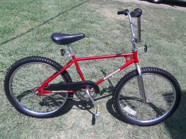 Vintage 24 Inch Bmx Bike For Sale In Hopewell Virginia