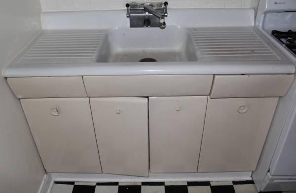 Vintage AMERICAN KITCHEN 1Piece Metal Sink, Counter  Cabinets  Facet - $275