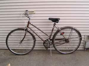 c2aed1e9cfe Vintage AMF Roadmaster 3 Speed Cruiser Bicycle 1960s/70s - (Dubuque ...