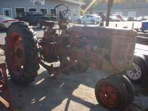 Vintage Antique 1953 Farmall Super C Tractor - $950