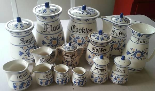 Vintage antique royal sealy heritage kitchen set for for Kitchen set royal