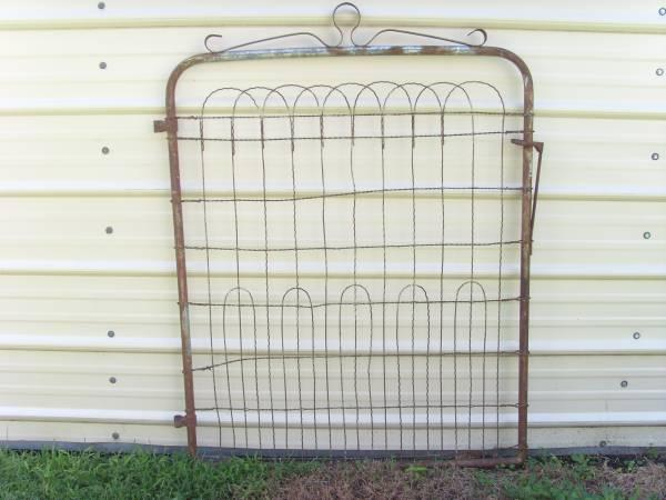 vintage architecture metal garden gate for sale in wichita kansas classified. Black Bedroom Furniture Sets. Home Design Ideas