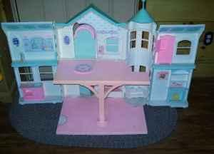Vintage Barbie Victorian Mansion Castle Dreamhouse With