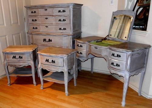 Vintage Bassett Bedroom Set French Provincial For Sale