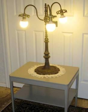 Vintage Brass 3 Bulb Desk/Table Lamp