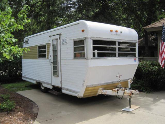 Hilltop Raven Deluxe popup trailer, vintage 1968 - rvs