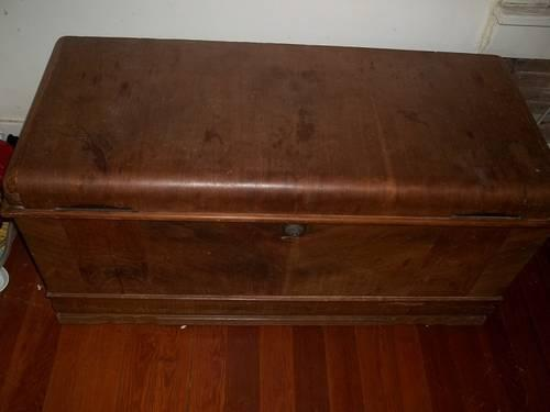 Vintage Cavalier Corporation Cedar Chest W Keepsake Dial