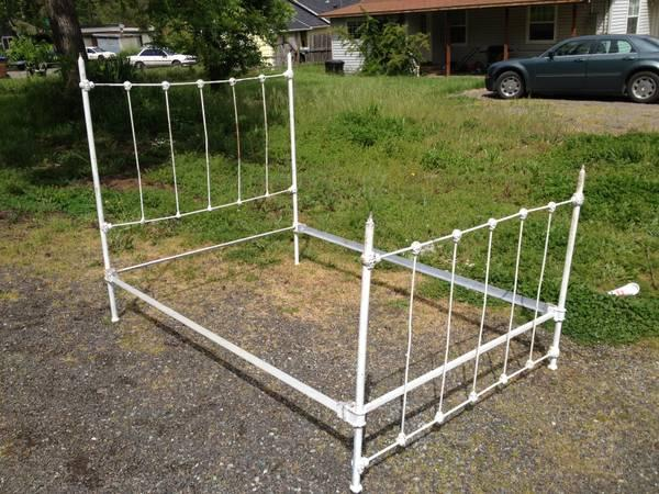 Vintage Chic Wrought Iron Bed - $100