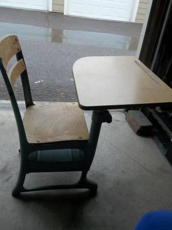 vintage child s school desk and chair wood metal mid century envoy
