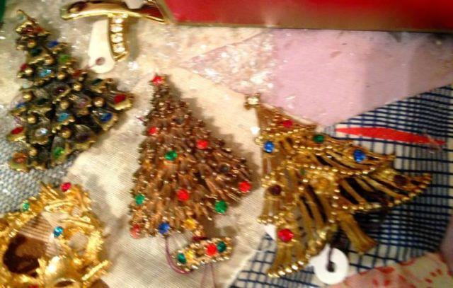 Vintage Christmas Tree Brooch's