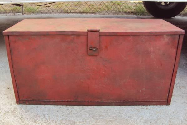 Vintage Classic Snap On Tool Box