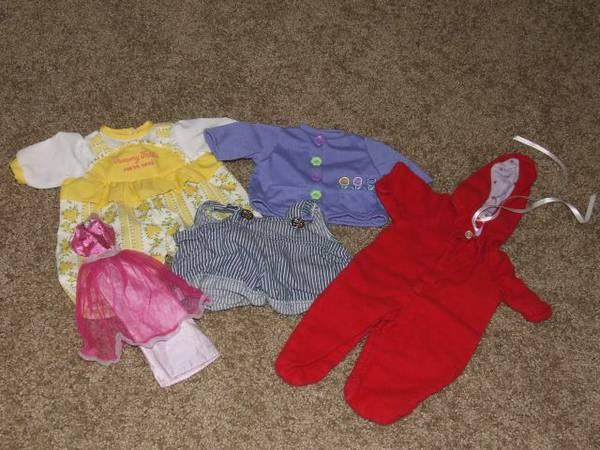 Vintage doll clothes  Lot of 5 pieces  - $1