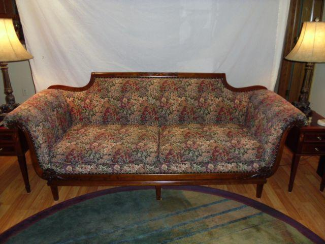 Vintage Duncan Phyfe Style Sofa For Sale In Minneapolis