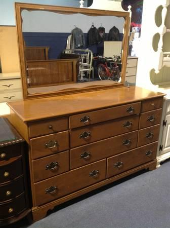 Vintage Ethan Allen Dresser With Mirror For Sale In Alma