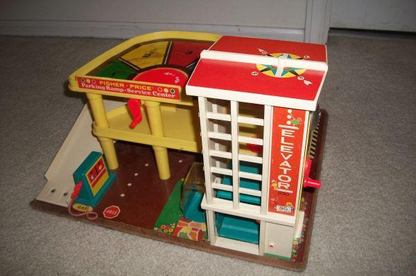 Vintage Fisher Price parking ramp service center - $15 SE Aurora