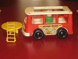 Vintage Fisher Price School Bus - $1 (Lawrence)