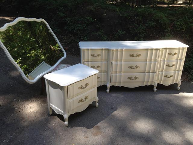 Vintage French Provincial Bedroom Set For Sale In San Jose California Classi