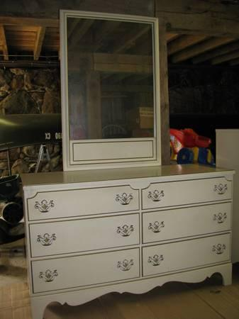 Vintage French Provincial Furniture For Sale In Lodi
